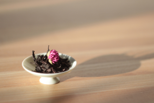Da Hong Pao and Gomphrena